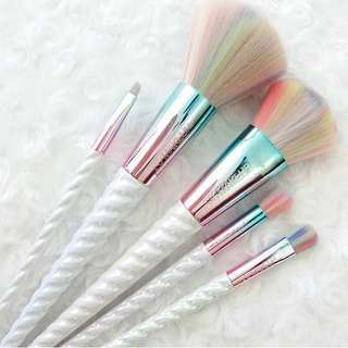 Unicorns Dream Brush Set by I Heart Makeup