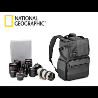 National Geographic NG W5072 Walkabout Photo Bag