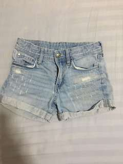 Distressed shorts for girls