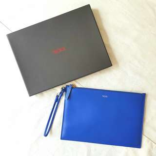 TUMI Leather Clutch with Tag 100% Original