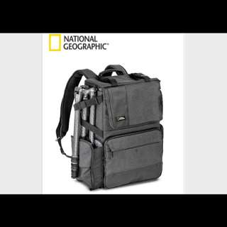 National Geographic NG W5072 Walkabout Photo Bag