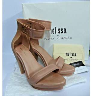 AUTHENTIC MELISSA + PEDRO LAURENCO NUDE JELLY HEELS/ SHOES/ SANDALS NWB SIZE 8