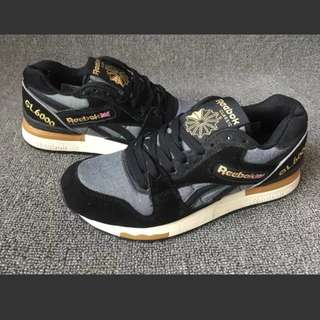 INSTOCK Woman's Black Sports Shoes