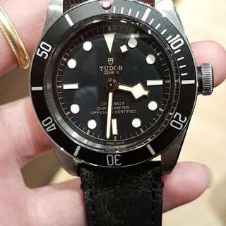 Like new Tudor black bay (Even the new watch sticker stick intact!)