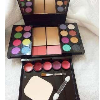 make up kit - elegant and charm