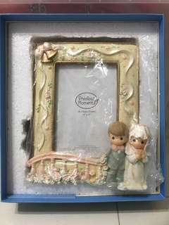 Precious Moments Photoframe - Bride and Bridegroom 4R