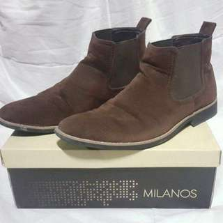 Milanos Brown Chelsea Boots