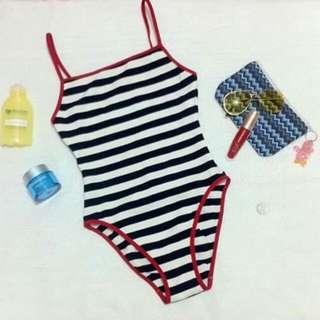 Stripe one piece swimwear 💕🌊