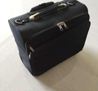 Cabin size laptop trolley bag