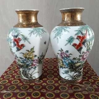 2 pcs mini vases