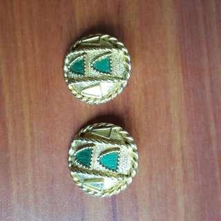 Ear rings ( costume jewellery