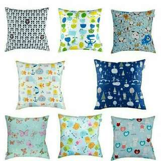 Bantal cushion Square