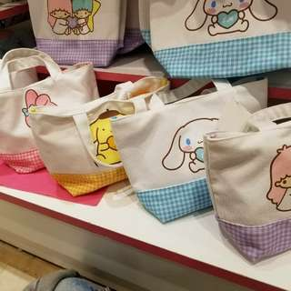 【日本代購】日本Sanrio 聯乘三麗鷗男子 Hellokitty  Little Twins Star 肉桂狗 布丁狗手挽布袋