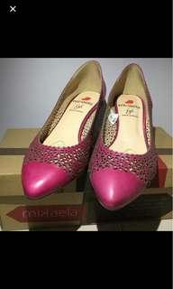 Mikaela heels