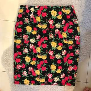 BRAND NEW knee length flora skirt
