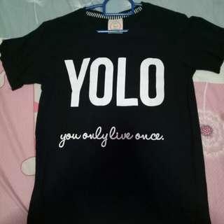 """""""YOLO"""" black tshirt"""