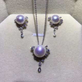 Freshwater pearl necklace + earring set