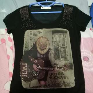 black detailed tshirt