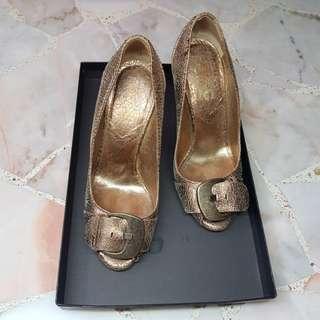 Dolce& Gabbana gold high heel