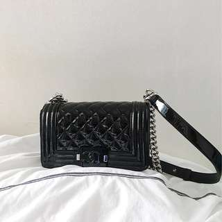 Boy Chanel small black patent leather 漆皮有單