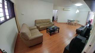 Spacious 4-room HDB flat for rent - $2,400 (neg.)