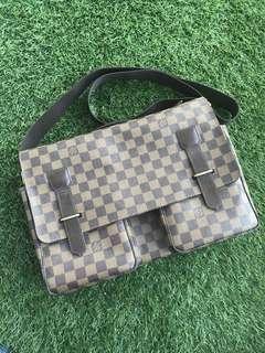 Authentic Louis Vuitton Damier Broadway Messenger Bag
