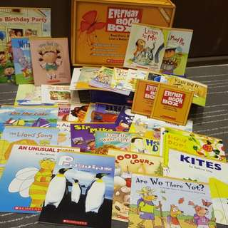 🌸Sold🌸Scholastic Everyday Book Box (Yellow Box)
