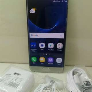 Samsung S7edge 32G。曲屏單卡,可置內存卡。銀色,冇崩損,外觀新淨如圖。7日壞機包換