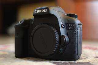 Canon 7D body SC1K with box