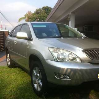 Toyota Harrier 240G
