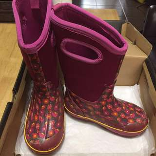 Kids Waterproof Strong Boots-BOGGs Brand US13 (lowered fr 4,400 Brand New Price) 70% Off!