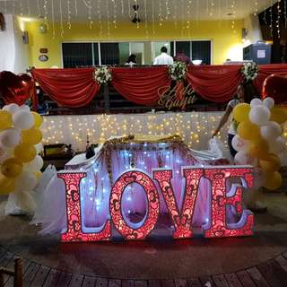 Jumbo size love marquee light wedding decor