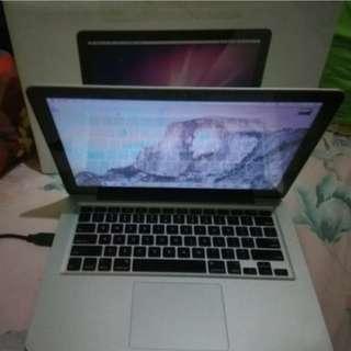 Macbook pro 13 inc i7 costume ssd128gb 8gb 2.7GHz