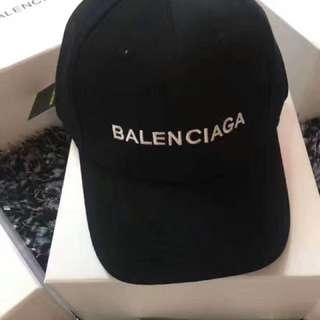 Balenciaga 老帽