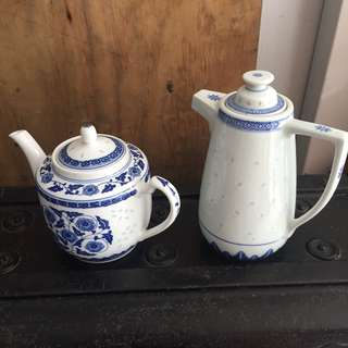 Teapot x 2