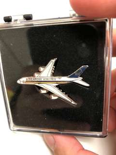 SIA SQ B747 pin limited edition