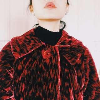 [ 二手古著 ]紅黑虎紋短毛絨中長外套