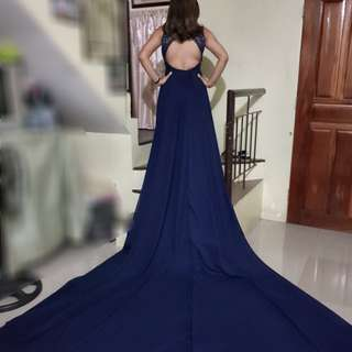 For Rent 2 in 1 Navy Blue Lace Gown with Detachable Long Trail