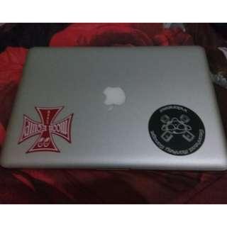 Macbook pro 13 inch 2.3GHz intel core i5 ram 8gb