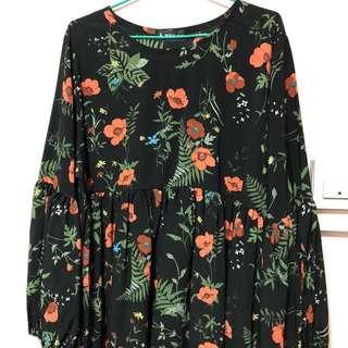 Floral Blouse Can Fit Plus Size