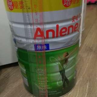 好大罐增量原味Anlene安怡高鈣低脂奶粉 (升級配方不同年齡成年人調配)  1.9 千克  exp: 2020-2