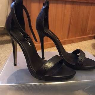 Windsor Smith Black Leather Heels - ONE MISSING STRAP!