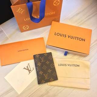 Brand new LV wallet  有單 size 10 x 14 x 0.5公分