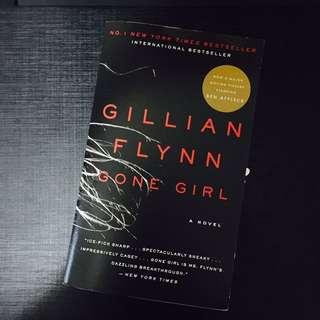 "$88 3本系列 電影""失蹤罪""Gone Girl 小說 by Gillian Flynn"