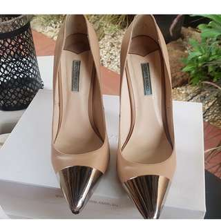 TONY BIANCO POINTED SHOES ADELE SIZE 9