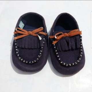 Sepatu baby 0-6bln
