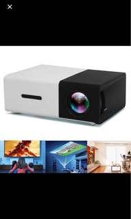 Brand New - 👍🏻YG300 -Mini Smart Projector LEF full HD