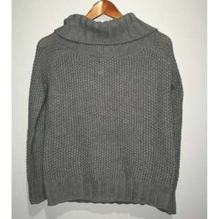 Grey Turtle neck knitted sweater.