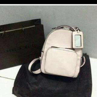 Backpack Charles &  Keith