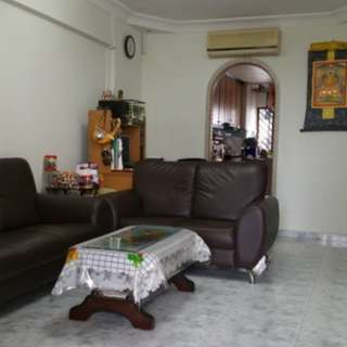Aljunied 3 room HDB near MRT!